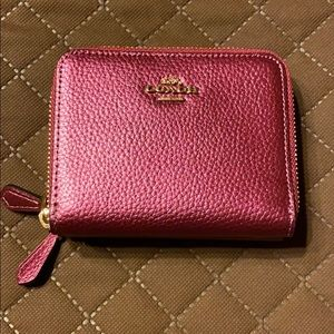 Coach Metallic Berry Dbl ZIP Wallet. New with tags